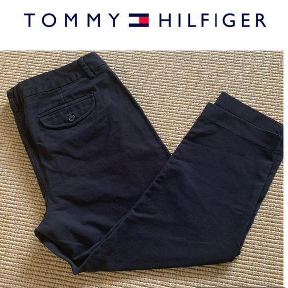 ❤️3 for $30 Tommy Hilfiger Capri pants Black Crop